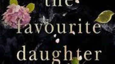 Beauty & Lace Book Review: The Favourite Daughter by Kaira Rouda